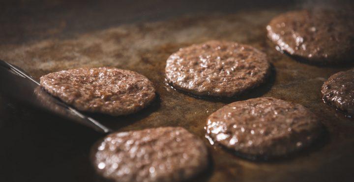 100%純牛肉! 麥當勞牛肉餅黃金製程大揭密